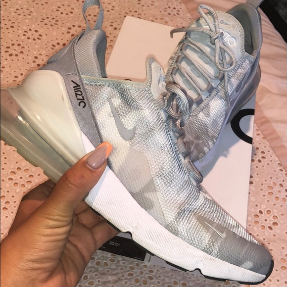 AIR MAX 270 white and gray CAMO WOMENS NIKES ❤️❤️